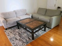 2 Sofas with coffee table