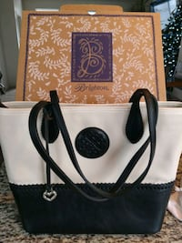 white and black leather tote bag Layton, 84041