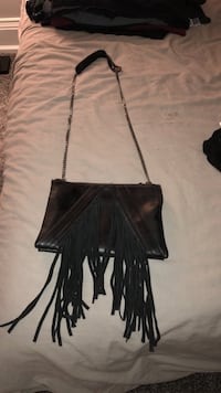 STEVE MADDEN trendy purse with fringes Vaughan