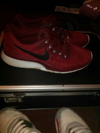 pair of red Nike running shoes Newberg, 97132