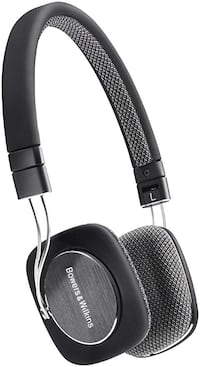 Bowers & Wilkins P3 headset
