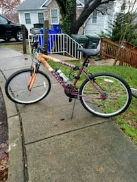 Hokies bike Arlington, 22204