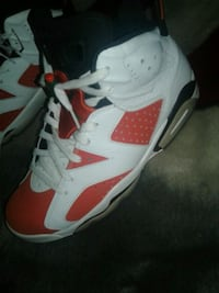 white-and-red Air Jordan 6 shoes Los Angeles