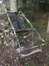 Tree Lounge Tree Stand, Fully Loaded Frederick, 21702
