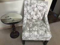 Accent chair and side table Alexandria, 22302
