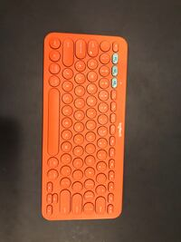 Like New Logitech keyboard Jessup, 20794