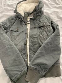 TNA jacket size small super warm! Lightly used  Burnaby, V5E 2H7