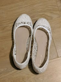 Flat shoes  London, E4 7TN