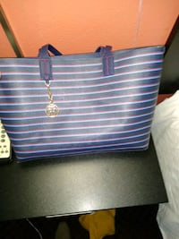 Tommy Hilfiger Purse and Wallet Minneapolis, 55409
