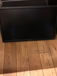 Dell 23 inch Monitors with monitor Arms LOSANGELES