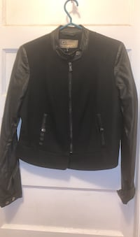 Light jacket with faux leather sleeves Toronto, M4M 3A7