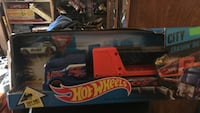 red and blue Hot Wheels hauler toy Chesapeake, 23320