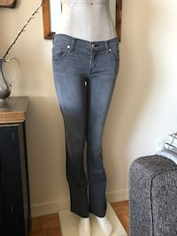 Armani exchange woman's pants: size 0 Toronto, M9A 4W3