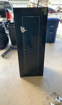 Wall mountable gun safe Airdrie, T4B 3T2