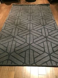 gray and black area rug Mississauga, L5J 4E6