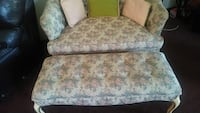 Love seat Youngstown, 44510