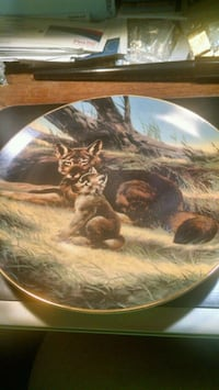 Bradex Red Wolf Collector Plate