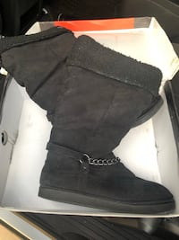 pair of black suede boots Glendale, 85302