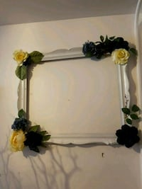 white and green floral wreath Vaughan, L4L 3S3