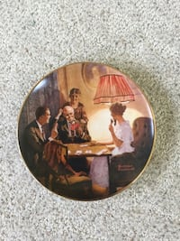 Round Norman Rockwell painting Gettysburg