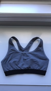 Grey Nike sports bra Vaughan, L6A