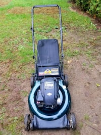 5 - lawnmower's ($60 to $100) Woonsocket, 02895