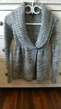 Talula Mulberry Sweater size xxs