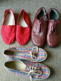 3 pairs of casual womens shoes Clinton, 20735