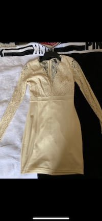 Cream lace dress Philadelphia, 19139
