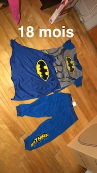 blue and yellow Batman print shirt and shorts Montréal, H8N 1P7