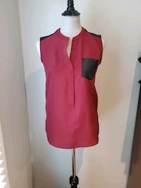 Mossimo sleeveless blouse size XS