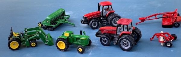 John Deere Case Tractor Farm Vehicles Diecast Toys