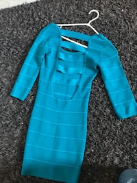 Blue long-sleeved bodycon mini dress