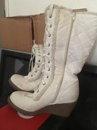 Tall white wedged boots w/ white fur accent Las Vegas, 89101