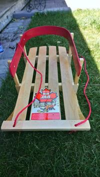 Jab wooden baby sled Whitby, L1P 1C4