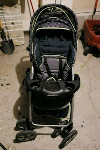 baby's black and gray stroller Bowmanville, L0B