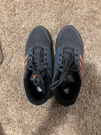 Adidas Sports Shoes, Size 5.5 Burnaby, V5H 2X1