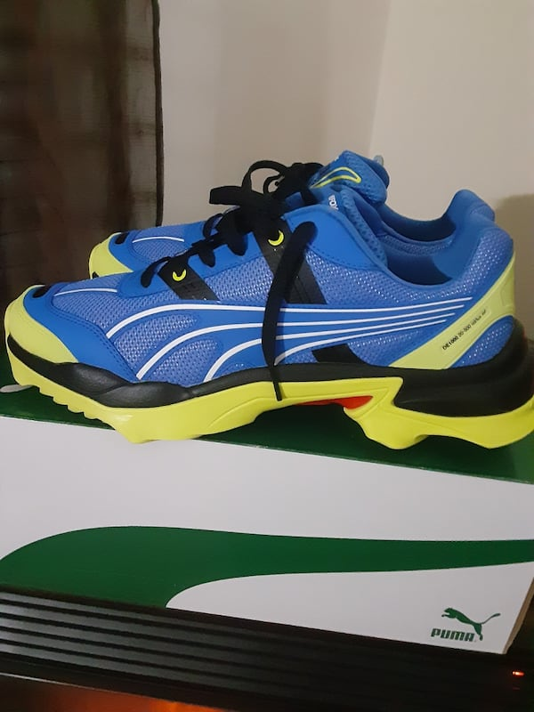 Tennis shoes home of night Fox Edition size 11 brand new 9bce69d9-1a63-414e-822b-fac18a86993d