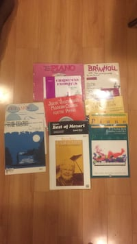 assorted-title piano learning books sheet music Elmhurst, 60126