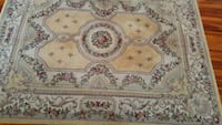 9' x 12' high quality rug in good condition. Sebring, 33870