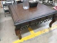 Large coffee table  Forest Hill
