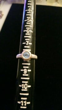 14kt and sterling silver ring with blue sapphire