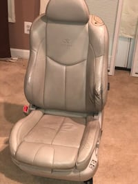 Infiniti G37 coupe front and back seats Laurel, 20724