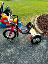 toddler's red and black trike Chicago, 60623