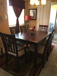 SOLID HARD WOOD 8 piece dining table!!mahogany color Las Vegas, 89148