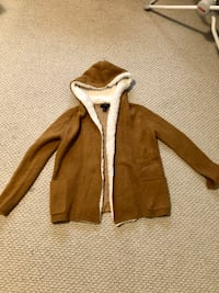 Pull over sweater hoodie size small
