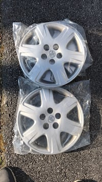 Hubcaps for Toyota Corolla 2007 Factory - Qty Three Hagerstown, 21742