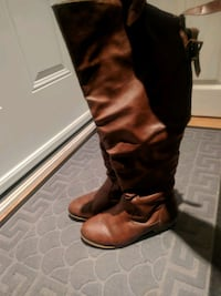 Womens, casual high knee boots. Used    Toronto, M1P