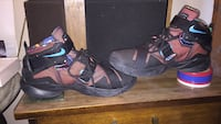 pair of black-and-red Nike basketball shoes Frederick, 21702