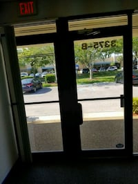To office glass doors  Fort Lauderdale, 33309